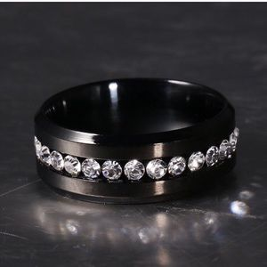 Jewelry - Men's stainless steel wedding band size 10